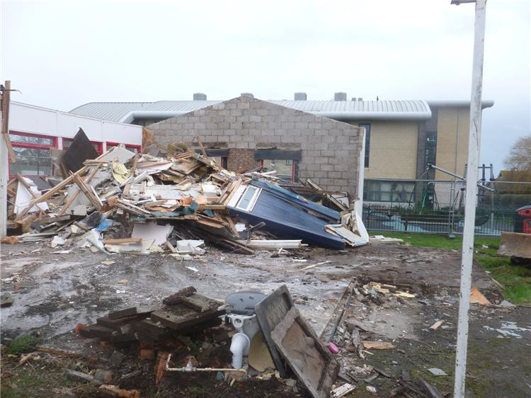 Demolishing the old Blackdown building 003